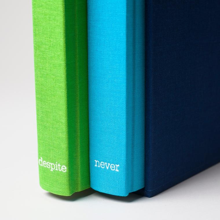 Simokaitis_books-9175